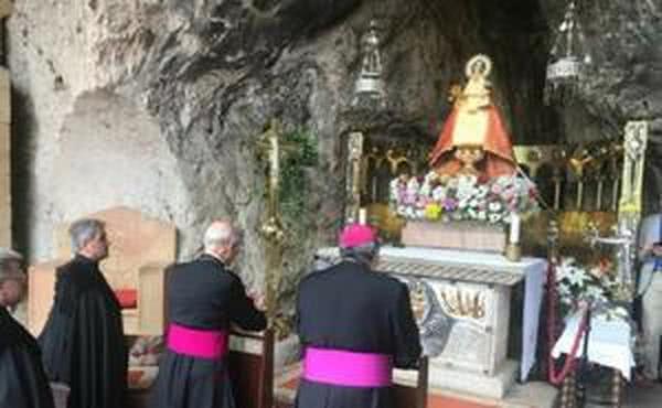 Mass Celebrated at the Covadonga Shrine