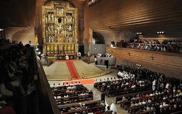 Canonisation de Mère Térésa et ordinations de prêtres à Torreciudad