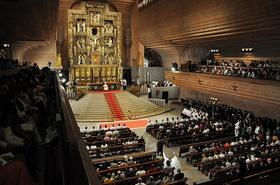 Transmissão em direto da ordenação de sacerdotes em Torreciudad