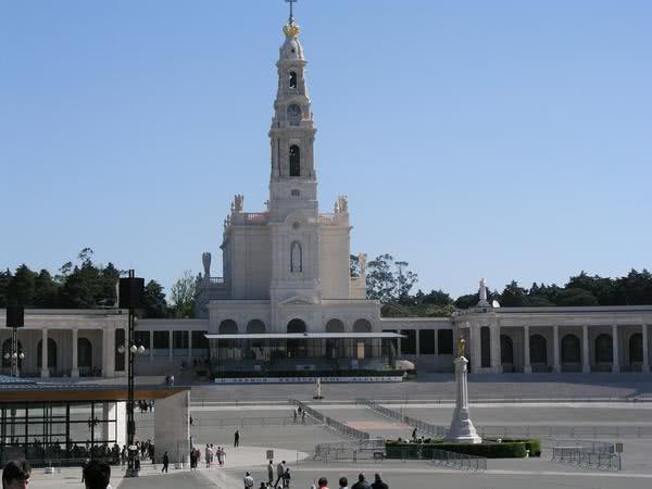 San Josemaría in pellegrinaggio a Fatima