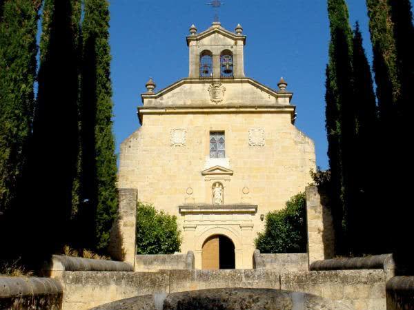 ¿Sabes cuándo comenzó san Josemaría a invocar a los arcángeles San Miguel, San Gabriel y San Rafael?