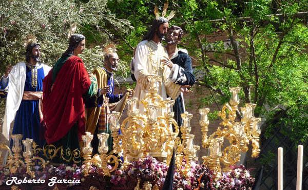 Una historia de San Josemaría en la Semana Santa de Sevilla