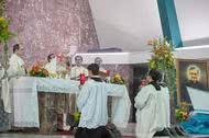 Fotografias de las Misas celebradas con motivo de la festividad de San Josemaría