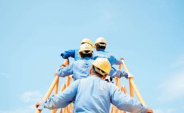 Au fil de l'Évangile : Des ouvriers pour la moisson