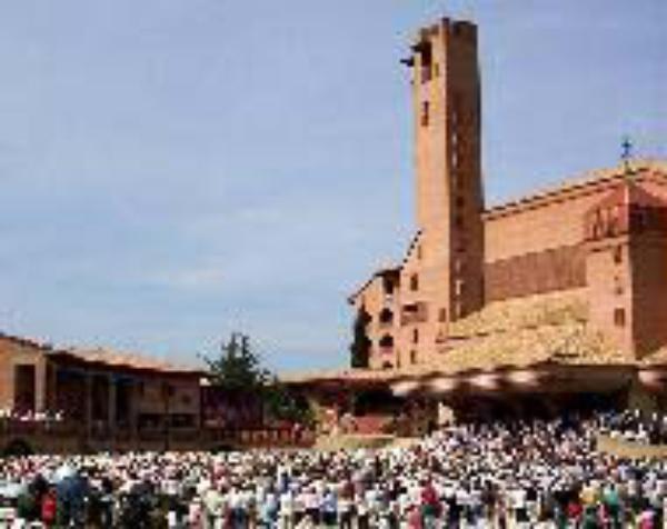 El prelado del Opus Dei presidirá la XV Jornada de las Familias en Torreciudad