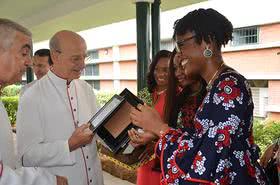 监督访问尼日利亚:让基督成为我们生活的焦点