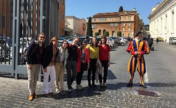 Opus Dei - 2500 junge Menschen trafen sich in Rom zum UNIV-Kongress