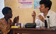 在乌干达乡郊村莊Mulajje的三个星期