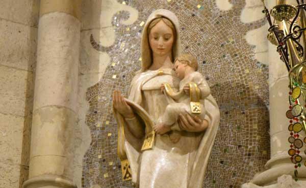 I Vår Fru av Karmels högtidsdag