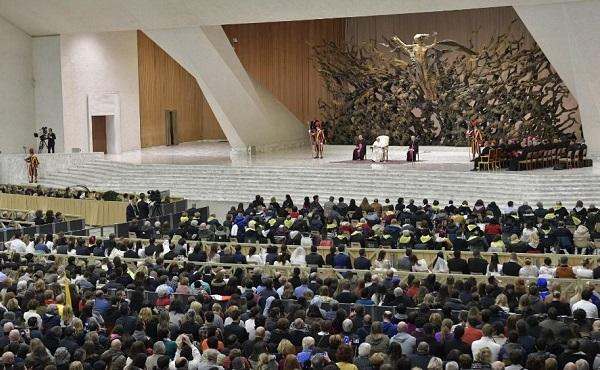 """Opus Dei - """"对基督徒而言,祈祷只是单纯地向天主呼唤'阿爸'、'爸爸'"""""""