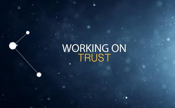 有关《致力信任》的家庭教育影片活动工作坊