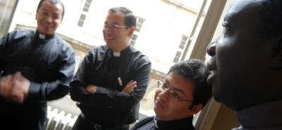 """""""Minha vinculação à Sociedade Sacerdotal da Santa Cruz reforçava minha condição de sacerdote secular diocesano"""