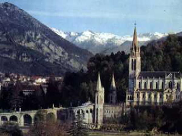 Die Muttergottes von Lourdes