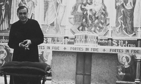 Die Liebe des heiligen Josefmaria zur Eucharistie