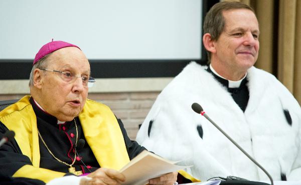 El Prelado inaugura el curso académico en la Pontificia Universidad de la Santa Cruz