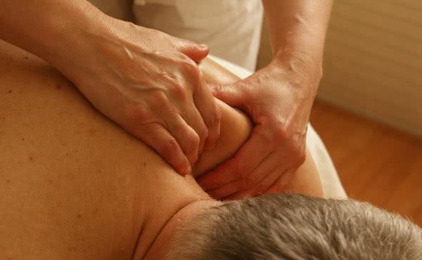 Opus Dei - Un fuerte dolor en el brazo izquierdo