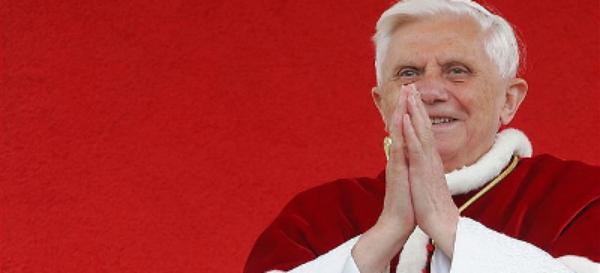 Benedikt XVI.: im Advent dem Leben wieder die richtige Ausrichtung geben