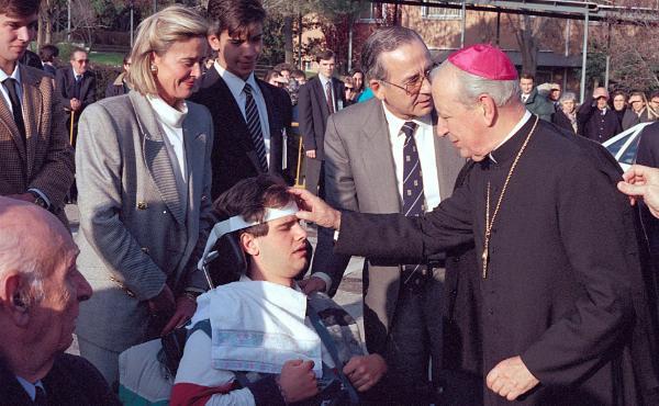 Dossier informativo de la beatificación de Mons. Álvaro del Portillo