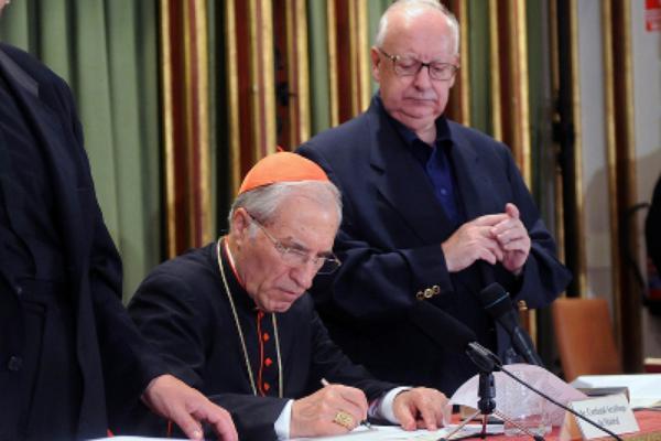 """""""Le mariage est un instrument d'évangélisation de premier ordre"""", déclare le cardinal Rouco Varela"""