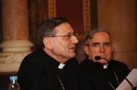 Mons. Angelo Amato, S.D.B., arquebisbe, Secretari de la Congregació de la Doctrina de la Fe i Mons. Lluís Martínez Sistach, Cardenal arquebisbe de Barcelona.