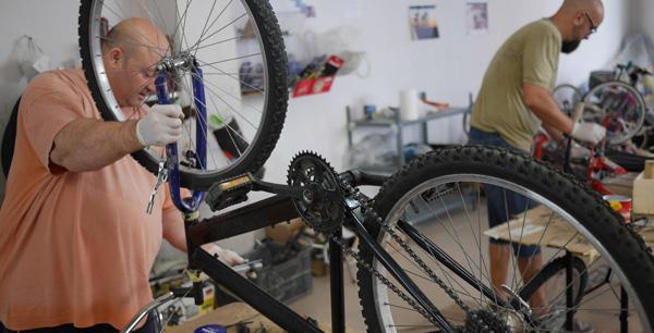 Opus Dei - Dos pedales para un futuro