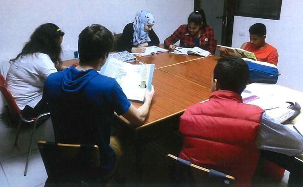 Opus Dei - Aulas de estudio para escolares de familias desfavorecidas
