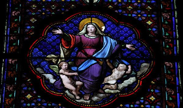 La Vierge Marie chez les Papes