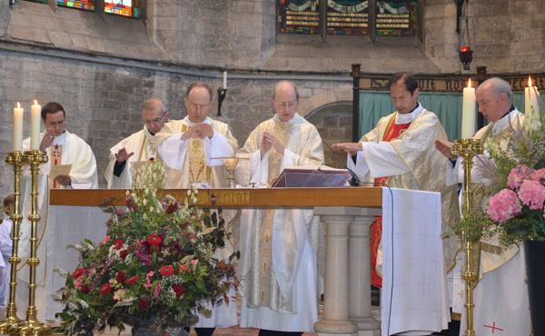 Opus Dei - Messes en l'honneur de saint Josémaria à Anvers et Bruxelles