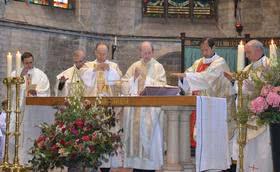 Messes en l'honneur de saint Josémaria à Anvers et Bruxelles