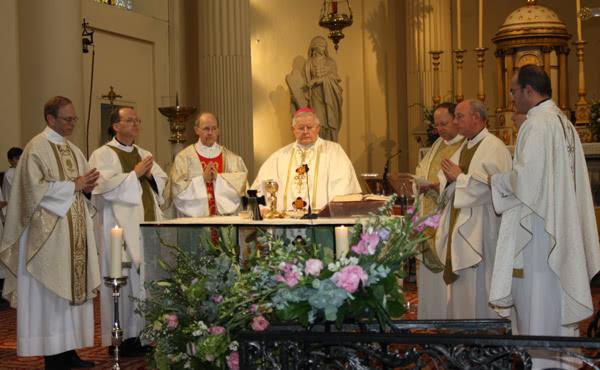 Opus Dei - Messe en l'honneur de saint Josémaria à Bruxelles