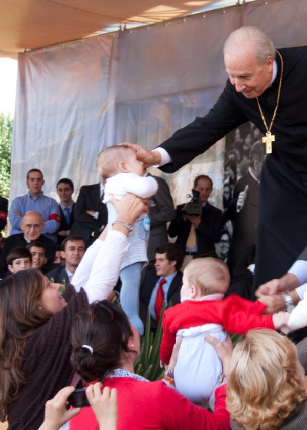 "Sacerdotes: ""Santos para santificar"""