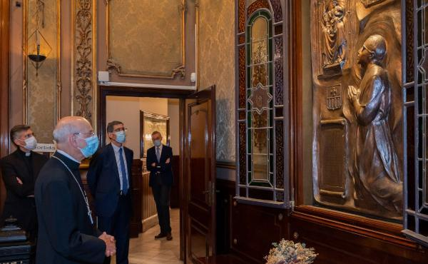 Opus Dei - Mons. Fernando Ocáriz a Barcellona: «Il sorriso sul volto porta la gioia nell'anima»