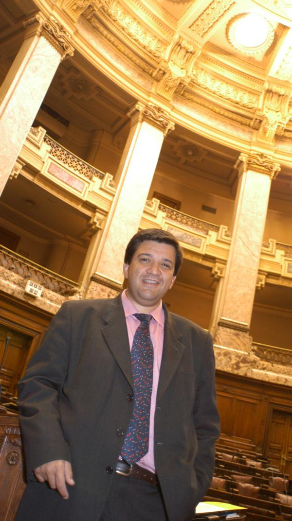 """Opus Dei - """"Me di cuenta de que podía ser buen cristiano, hincha de Peñarol y político colorado"""""""