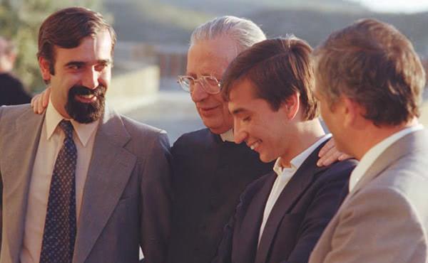 Opus Dei - 54 anys, dos fills, i a l'atur