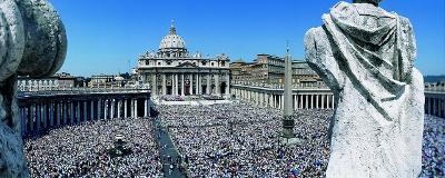 La place Saint-Pierre de Rome, le 17 mai 1992