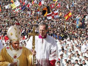 Benedikt XVI. vo Fatime, Portugalsko.