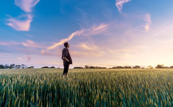 Le connaître et se connaître (VI) : Dieu nous parle avec des mots et dans les œuvres
