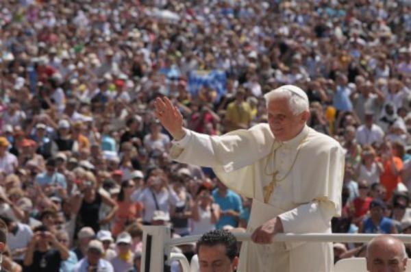 Viaje de Benedicto XVI a Portugal