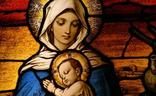 Mamă a lui Dumnezeu şi mamă a noastră