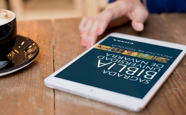 La Bíblia de la Universitat de Navarra es fa digital