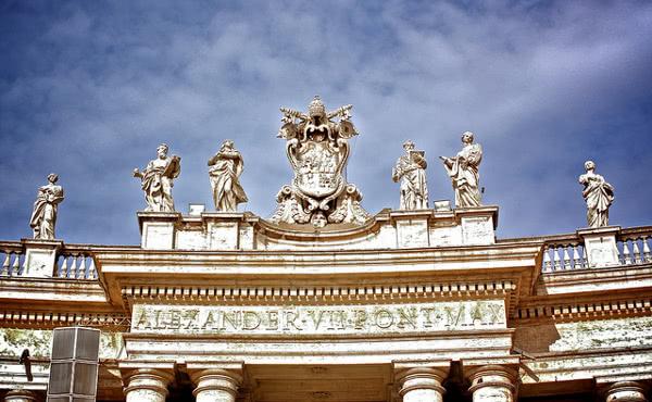 Opus Dei - Dogmatisk konstitusjon «De Ecclesia»