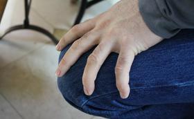 Silná bolest kolena