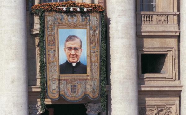 Opus Dei - Svatořečení Josemarie Escrivy de Balaguer