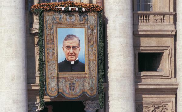 Svatořečení Josemarie Escrivy de Balaguer
