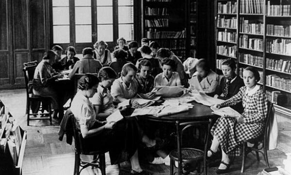 Opus Dei - Mulher e Universidade na Espanha (1910-1936)