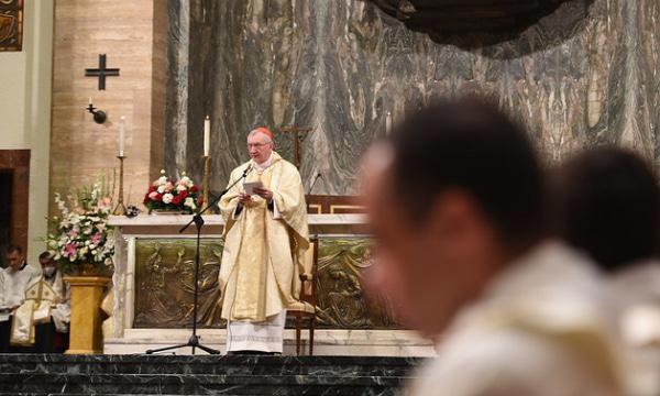 Caridade e vida: sobre isso fala o cardeal Parolin aos novos sacerdotes