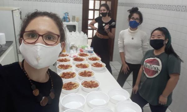 Cartas e marmitas: continuidade no voluntariado da juventude