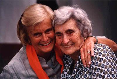 Carmenchu y Maruja