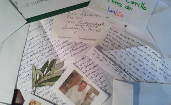 Brev skrevet av eldre og av foreldreløse barn fra hele verden