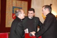 D'esquerra a dreta, el prof. Francisco Varo, de la Universitat de Navarra; el Dr. Armand Puig i el Dr. Antoni Pujals, vicari de la Prelatura de l'Opus Dei per a Catalunya.